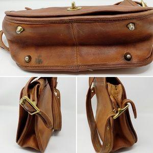 Coach Bags - VTG Coach Stewardess Shoulder Bag